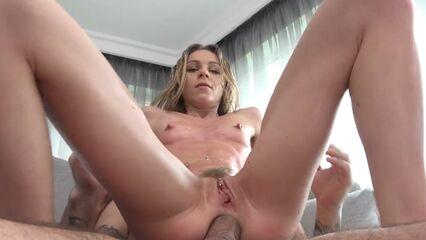 Беспринципная Angel Emily делает все за ради анального удовольствия!